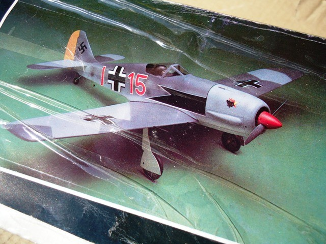 FW190A  1/12 stand off scale    Cod. K14